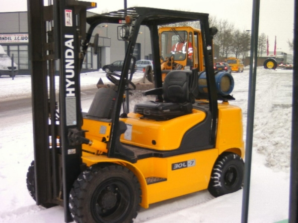 Heftruck LPG hefvermogen 3000 kg
